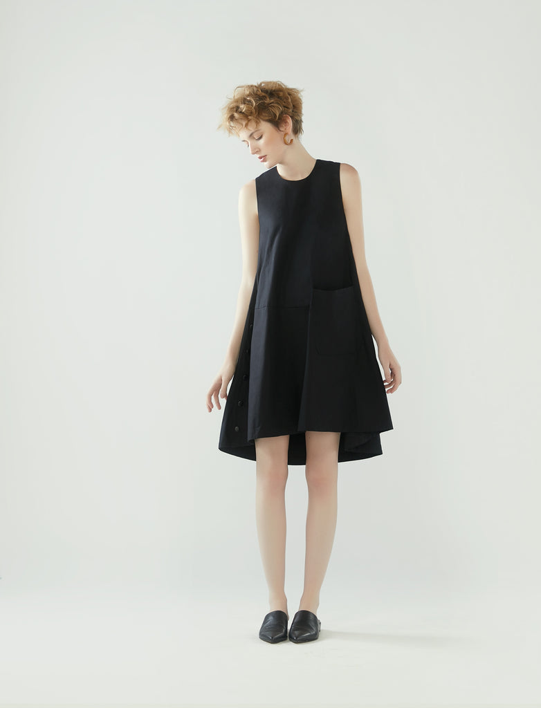 side buttons flared dress - black