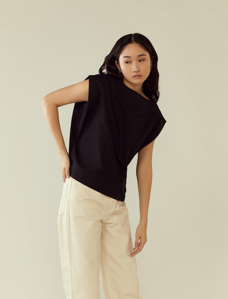 structured shoulder boxy top- black