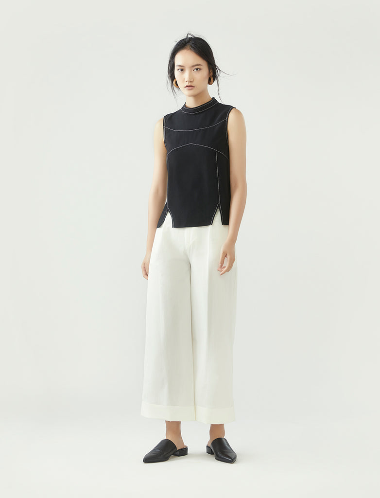 contrast stitch panel top