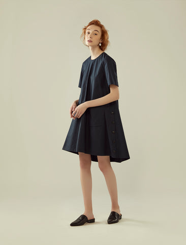 short-sleeve side buttons flared dress- midnight