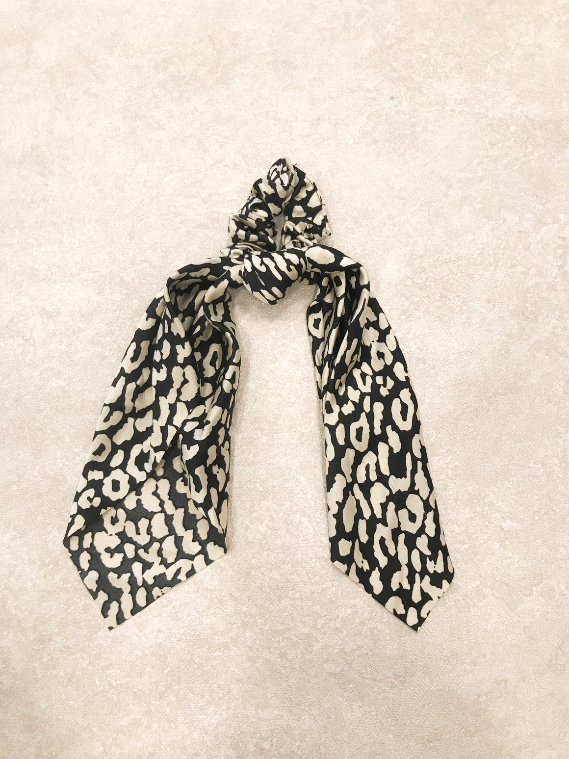 Leopard Tie Head Tie black