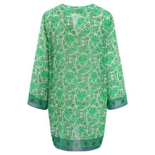 Heather Kaftan - Green & White