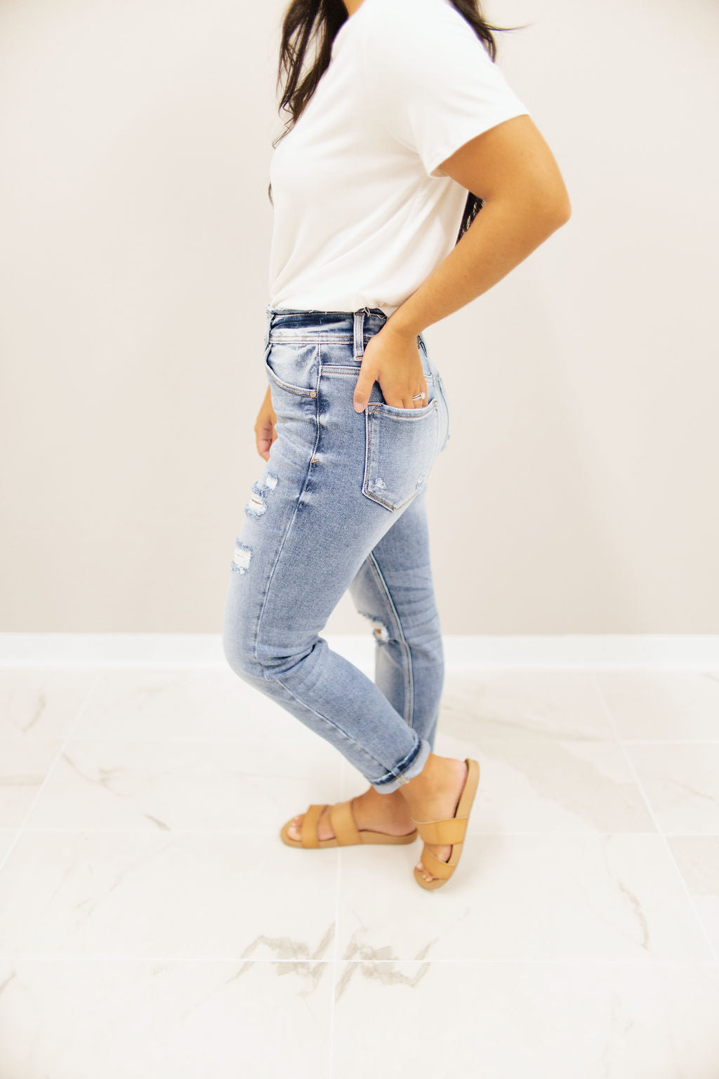 Medium Wash - High Rise - Distressed - Boyfriend Jeans