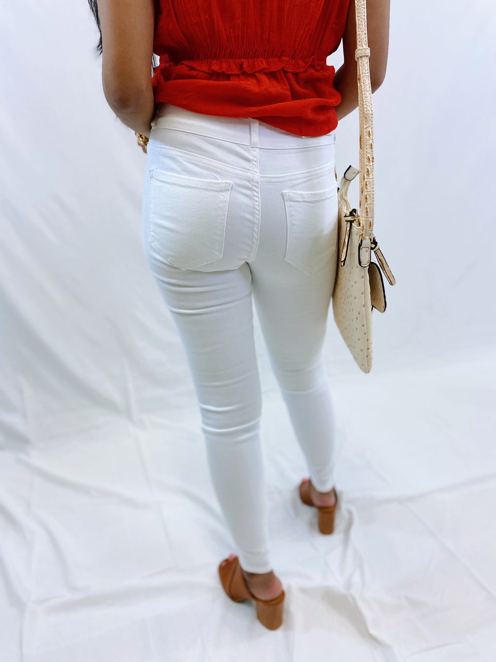 White - Mid Rise - Double Button - Knee Distressed - Skinny Jeans