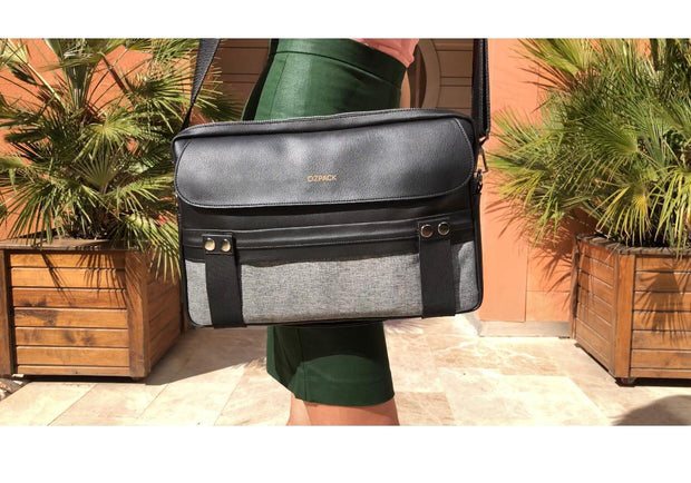 TRAVELER BLACK MEDIUM LAPTOP BAG