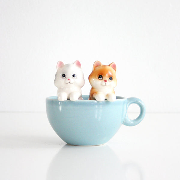 SOLD - Vintage Ceramic Kitten Salt and Pepper Shakers by Norcrest
