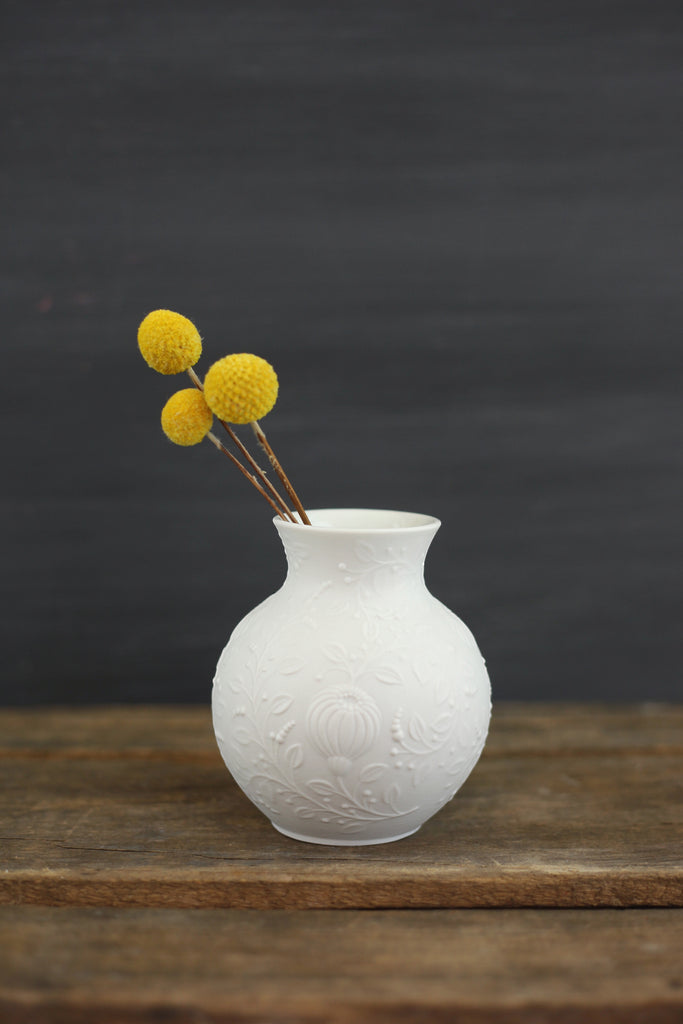 Sold Mid Century Modern White Bisque Vase By Ak Kaiser Germany