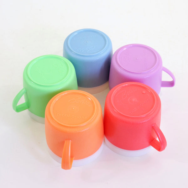 Set of 5 Mid Century Bolero Therm-O-Ware Colorful Plastic Mugs