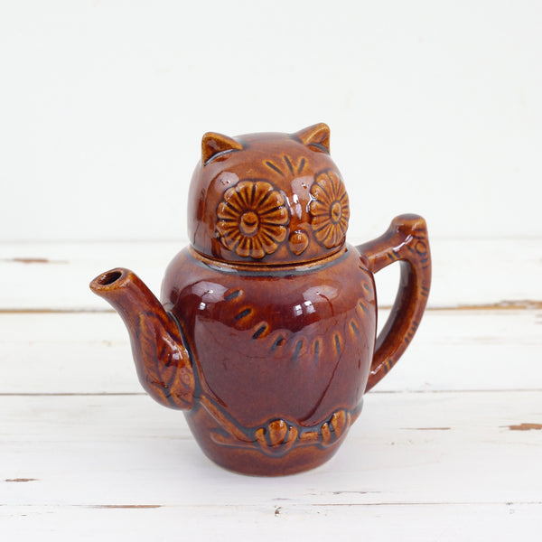 SOLD - Vintage Ceramic Owl 12 Ounce Teapot