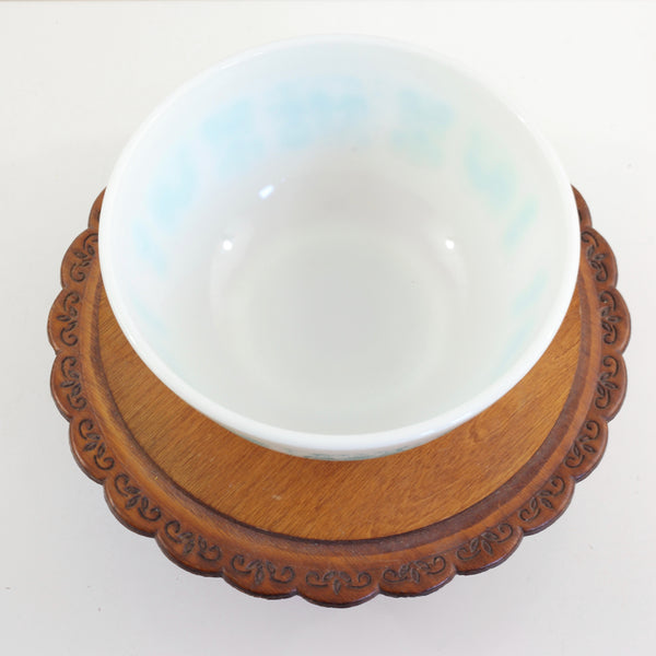 SOLD - Vintage Pyrex Mixing Bowls in Turquoise Butterprint