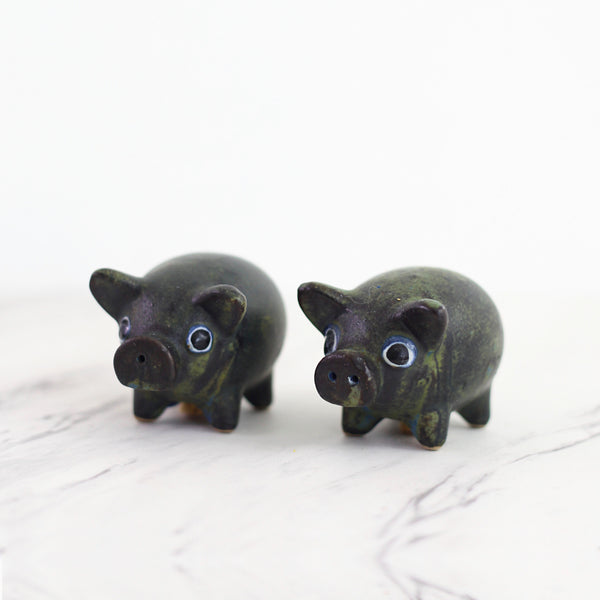 Vintage Stoneware Pig Salt and Pepper Shakers