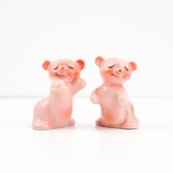 SOLD - Vintage Pink Hugging Bears Salt & Pepper Shakers