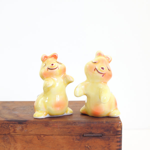 SOLD - Vintage Yellow Hugging Bears Salt & Pepper Shakers