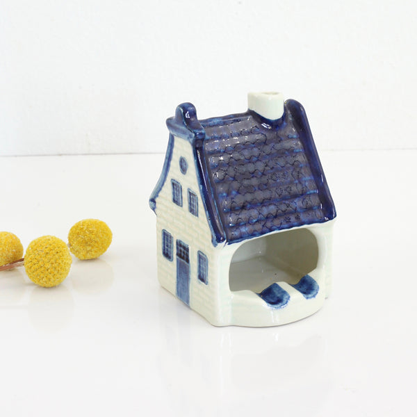SOLD - Vintage Blauw Delfts Holland House Ashtray