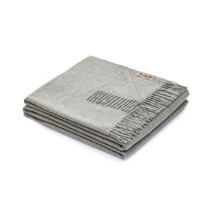 "Everest 100% Cashmere Throw 51""x70""