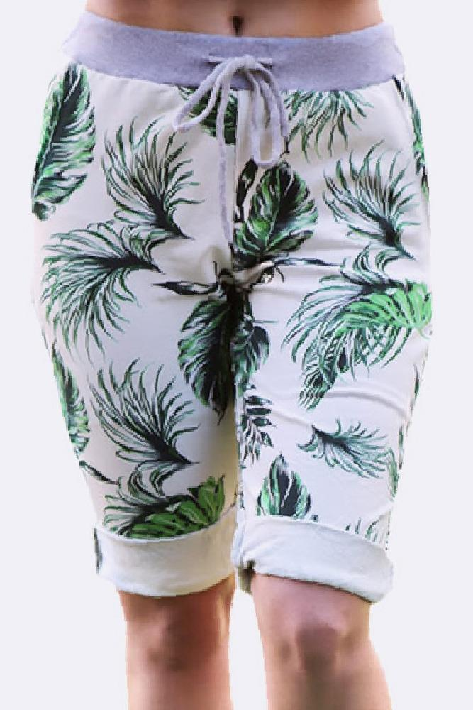 Leaf Print 3/4 Drawstring Trouser