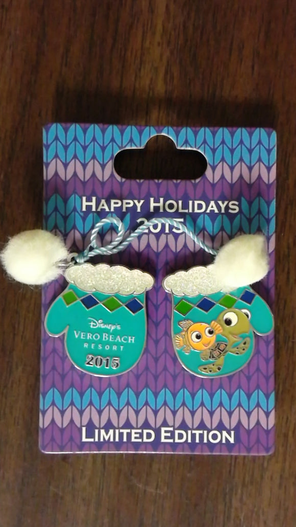 Pin 112099 WDW - Holiday Mitten Resort Collection 2015 - Vero Beach Resort
