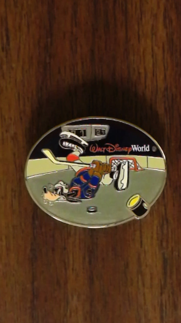 Pin 52259 WDW - Spotlight Winter Sports Collection (Goofy Playing Hockey)