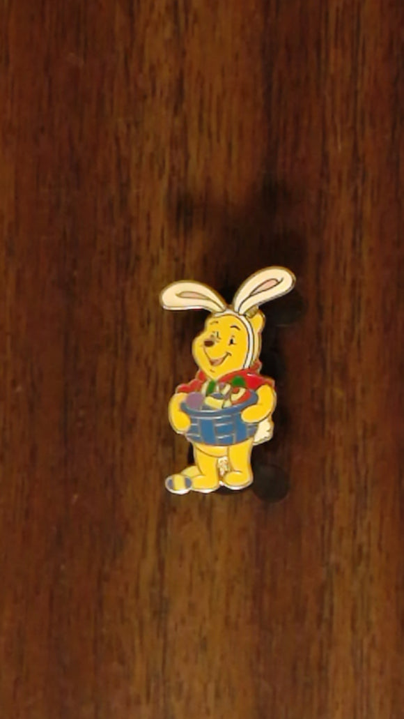 Pin 44818 Winnie the Pooh - 9 Mini Pins Boxed Set - Happy Everything (Easter)