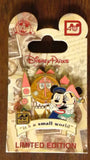 Pin 87006 WDW - 40th Anniversary of Walt Disney World® - Attraction Collection - Mickey and Minnie at 'it's a small world'