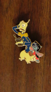 Pin 31135 Disney Auctions (P.I.N.S.) - Stitch as Lilo with Pleakley
