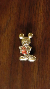 Pin 73746 WDW - Gold Card Collection - Sculpted Metal - Mickey Mouse