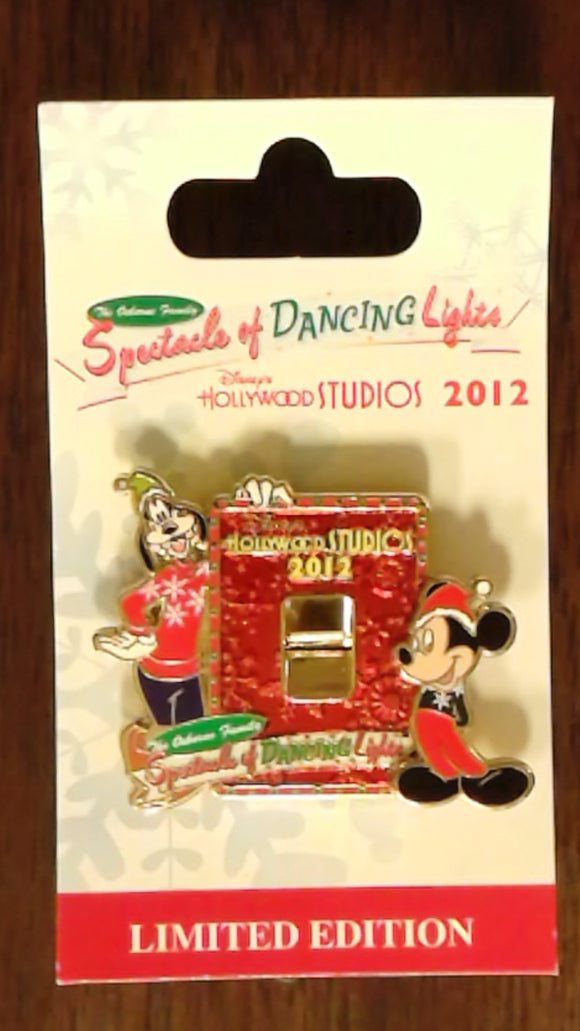 Pin 93447 WDW - Osborne Family Spectacle of Dancing Lights 2012 - Goofy and Mickey