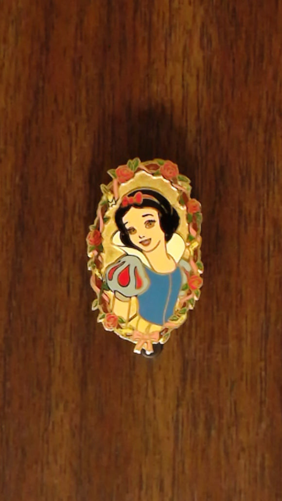 Pin 6032 JDS Walt Disney 100th Year - Princesses #4 (Snow White)