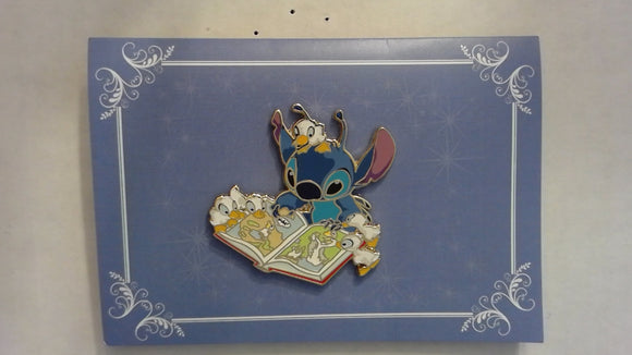 Pin 117327 ACME/HotArt - Stitch Storytime