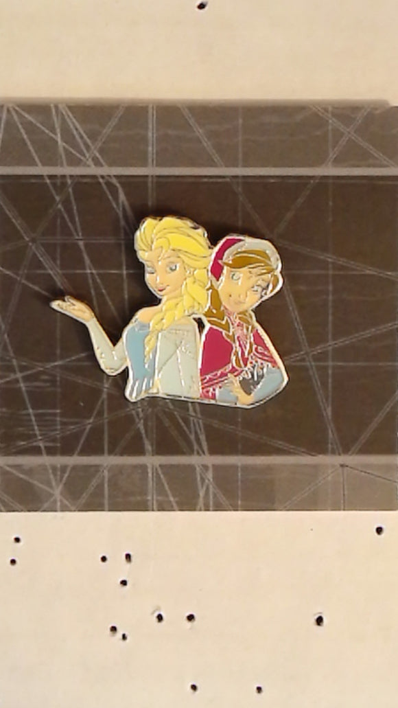 Pin 123181 JDS - 25th Anniversary Character Boxed Set - Elsa and Anna