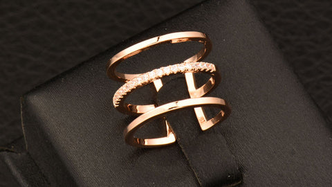 Bling in the Middle Midi Ring Rose Gold