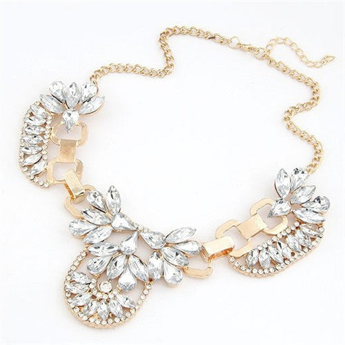 Simply Regal Statement Necklace Gold