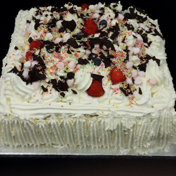Fresh Cream Gateaux Cake