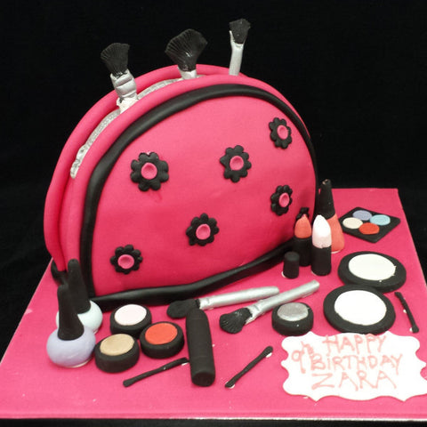 Make Up Bag Childrens Birthday Cake