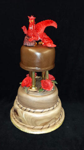 Three Tear Wedding Cakes.3 Tier Wedding Cake With Dragon