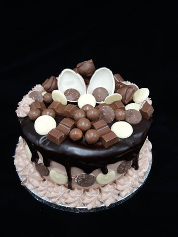 Deluxe Chocolate Birthday Cake