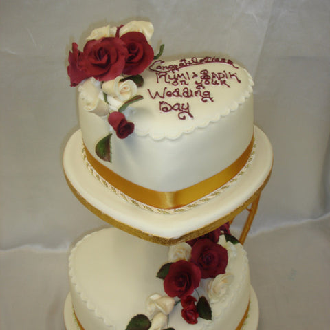 2 tier heart shaped wedding cakes 2 tier shape wedding cake celticcakes 10132