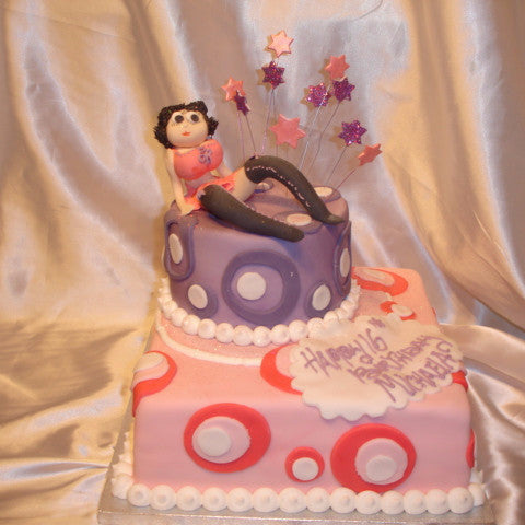 2 Tier Bety Boo Birthday Cake//