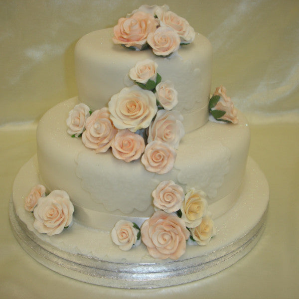 10 inch madeira wedding cake recipe two tier engagement cake celticcakes 10005