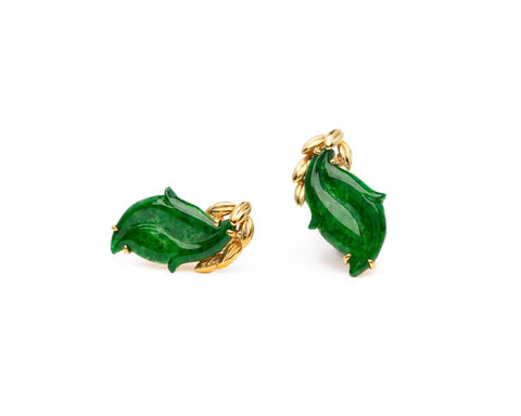 Green Jade Leaf Earrings 18k yellow gold | Natural jadeite jewelry by TRACE