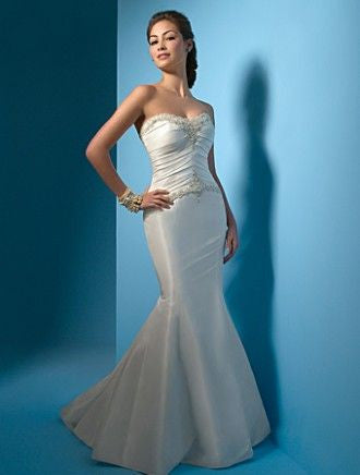 Alfred Angelo 2025 Strapless Ivory Size 10 wedding dress