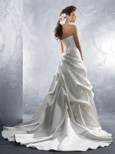 Alfred Angelo 2170 White size 8 wedding dress with pick ups, Sale $375