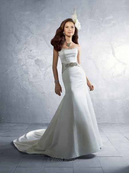 Alfred Angelo 2185 satin strapless wedding gown with beaded belt, White Size 8, Sale $815