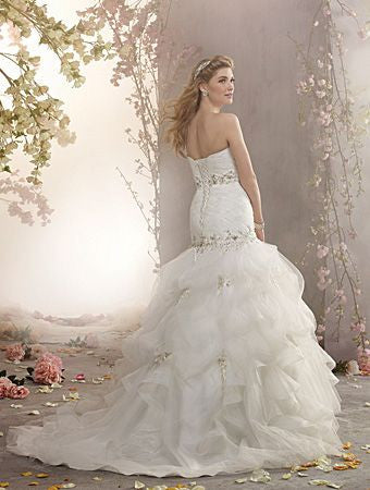 Alfred Angelo 2375 strapless sweetheart, embroidered lace wedding gown, White Size 16