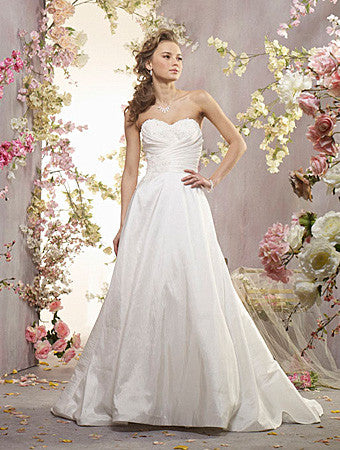 Alfred Angelo 2409 Wedding Gown, Diamond White Size 22W, Sale $509