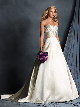 Alfred Angelo 2511 White Size 22W wedding gown, $849
