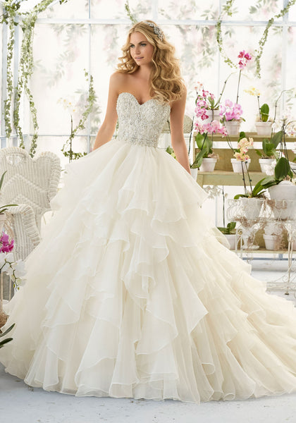 Mori Lee 2815 heavily beaded boidice, organza skirt, Ivory Size 12 wedding gown