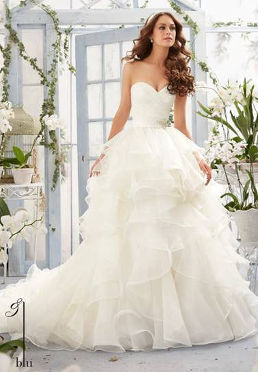 Mori Lee 5401 White size 14 Organze ruffled ball gown