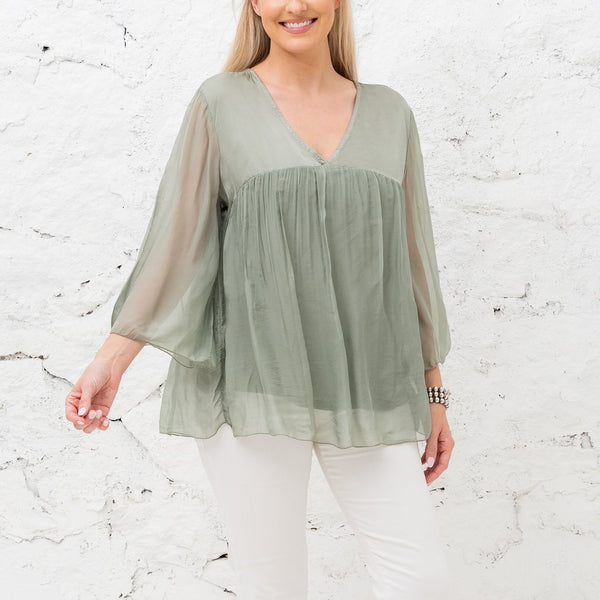 Cobblestone Living V Neck mid sleeve