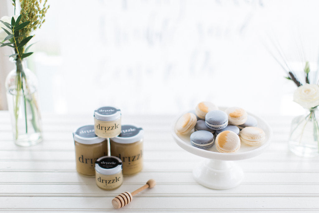 drizzle_honey_ollia_macarons_baby_shower_favours